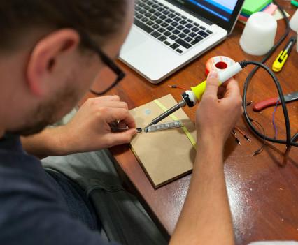 Ter plekke worden er prototypes ontwikkeld.